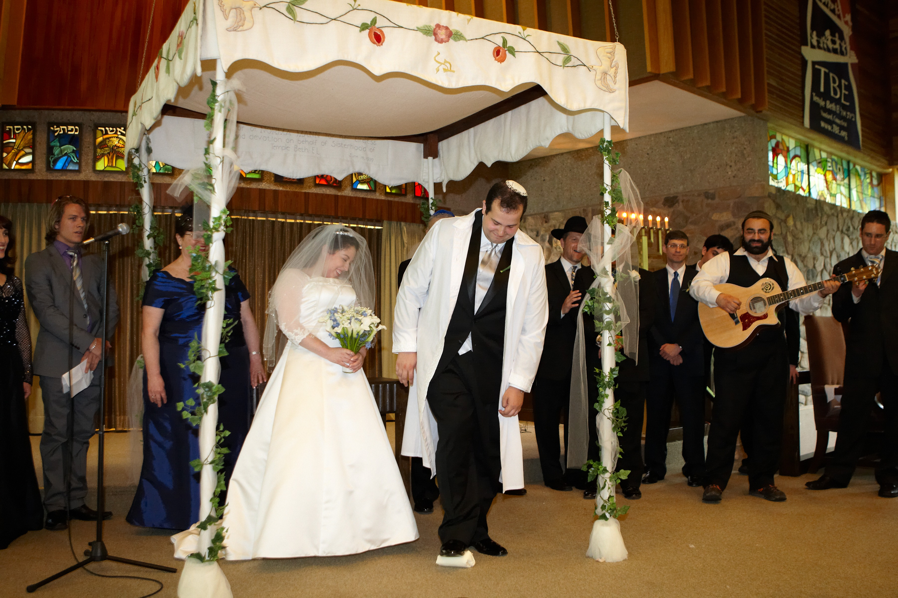 LE Marriage - Wedding Ceremony Rituals
